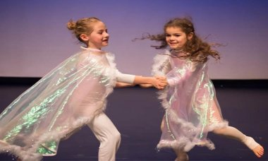 Creative Contemporary Dance age 5-6 years dance TAPAC